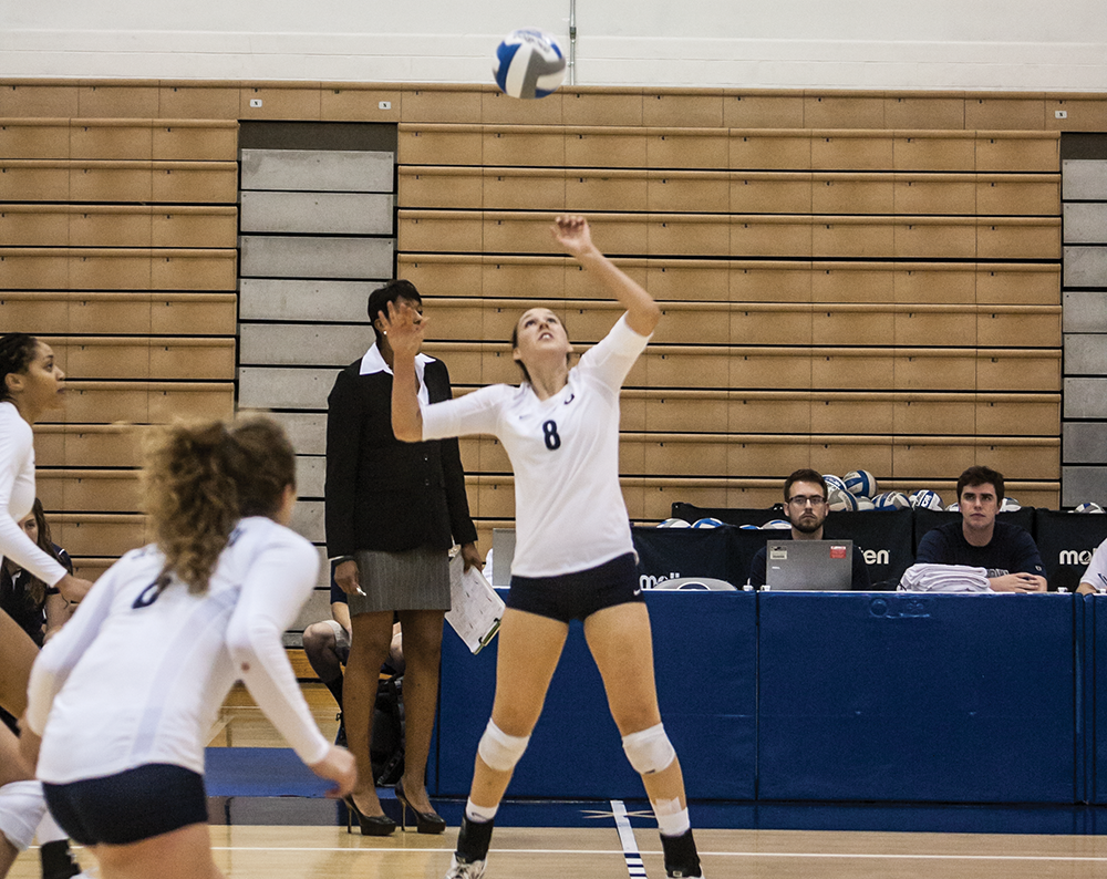 VOLLEYBALL | Big East Foes Win With Ease