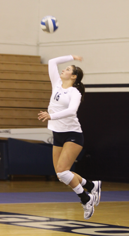 VOLLEYBALL |  Hoyas Win One in NC, Prep for GW at Home