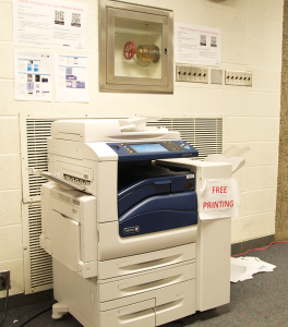MARY MURTAGH/THE HOYA Printing is free on the second floor of Lauinger Library for the remainder of the semester while UIS tests a mobile printing program.