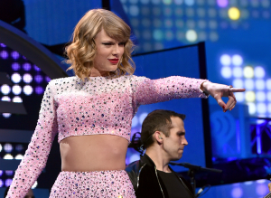 "MUSIC TIMES Taylor Swift's new album ""1989"" has completely departed from her country origins, showcasing instead her talent as a successful pop singer."