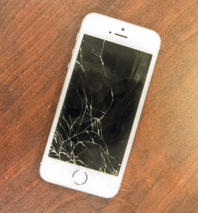 cracked iphone repair student company fixes iphone screens 2484