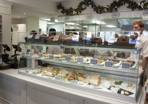 ISABEL BINAMIRA/THE HOYA Dog Tag Bakery has a wide variety of baked goods and beverages to satisfy any sweet tooth, and the appealing display and ambiance makes it a great place to hang out and grab a snack.
