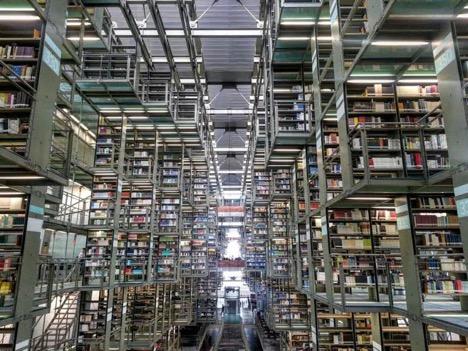 BOOKSTORE IN LA ROMA   COURTESY OF FRIDA SANTIAGO
