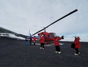 Georgetown Medical Center >> Georgetown University Researchers Return From Antarctica
