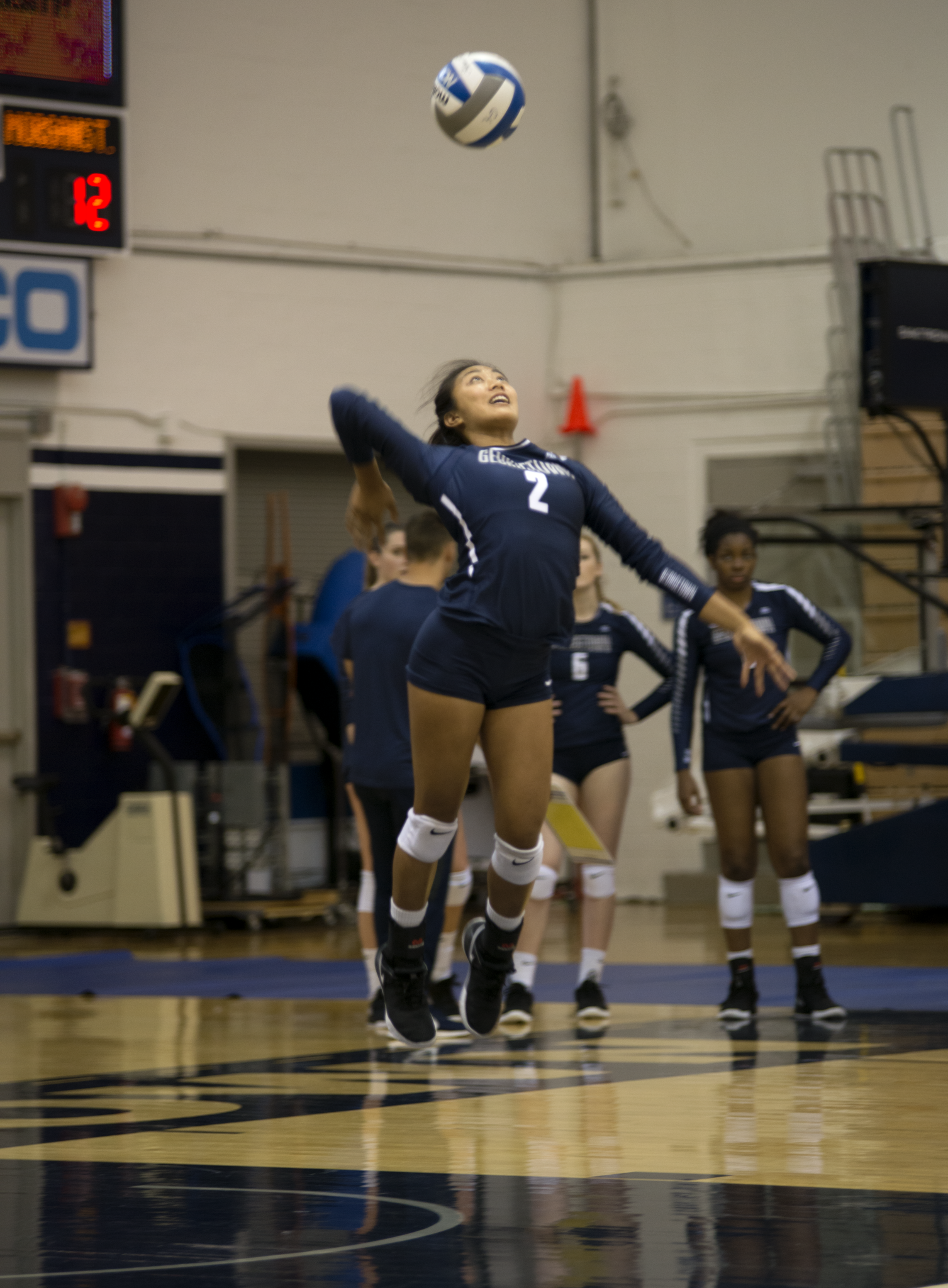 Volleyball | Hoyas Secure 5th, 6th Straight Wins